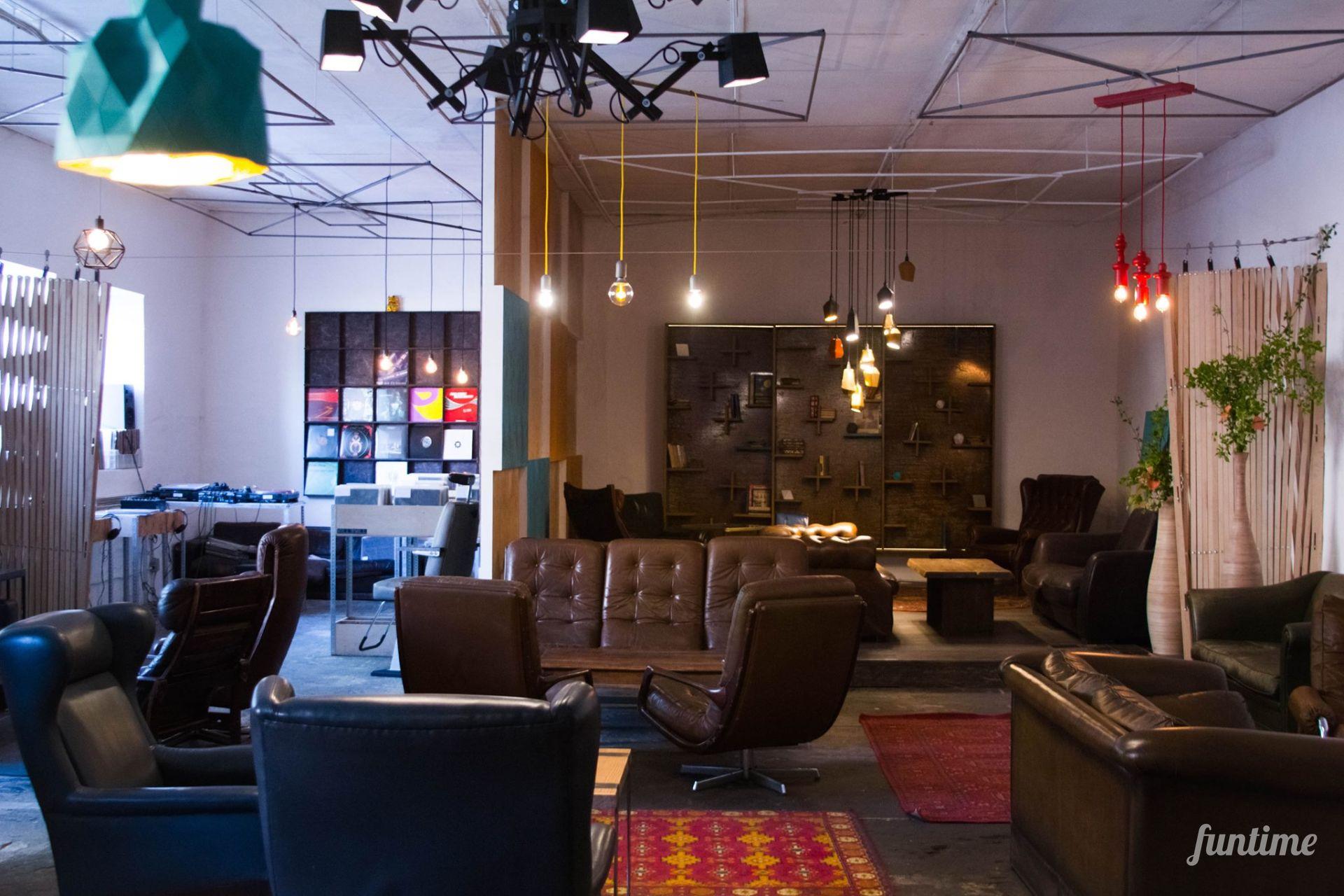 Sofa Store – магазин иРи коворкинг Креативное место Киева Цены и