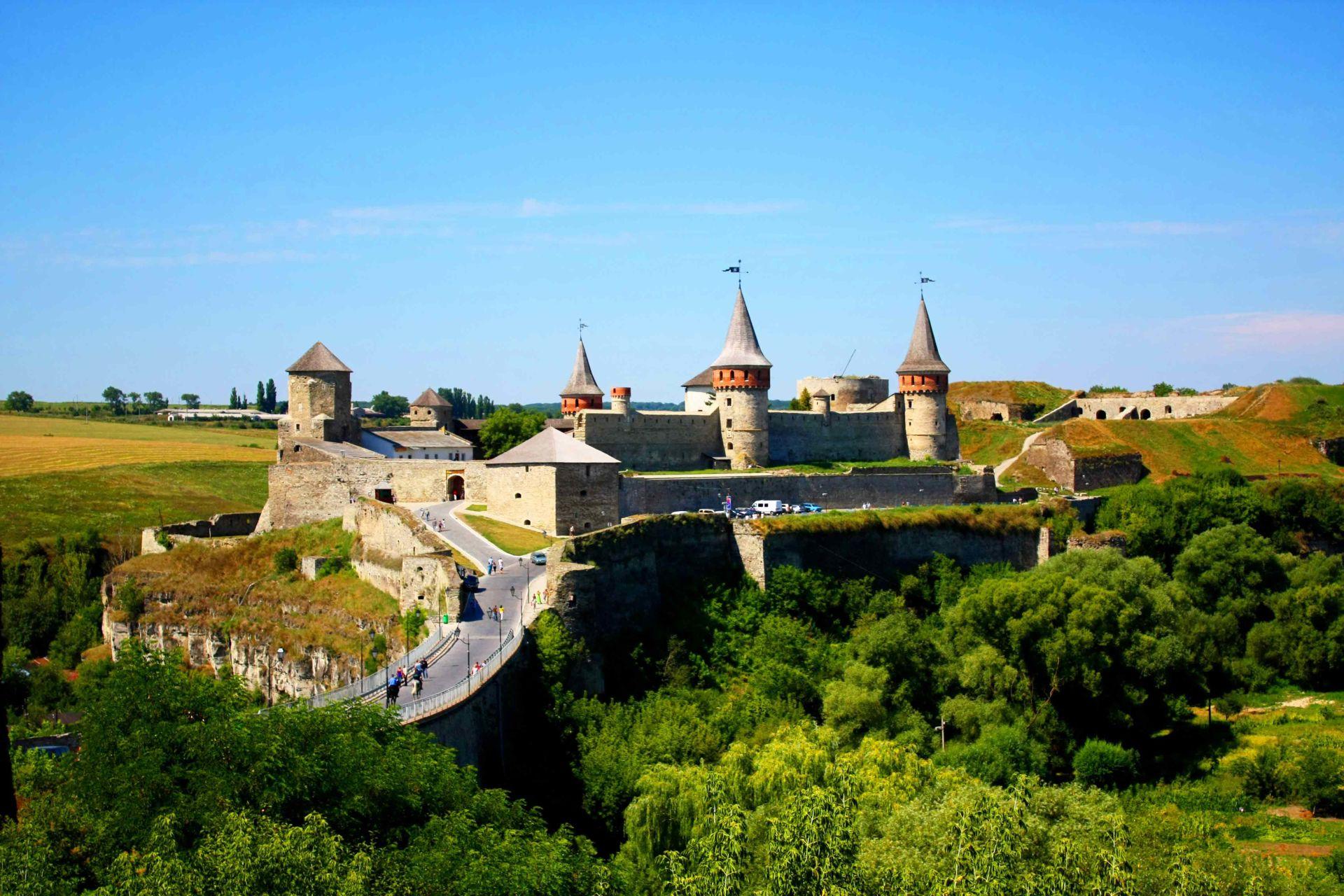 Картинки по запросу Каменец-Подольская крепость